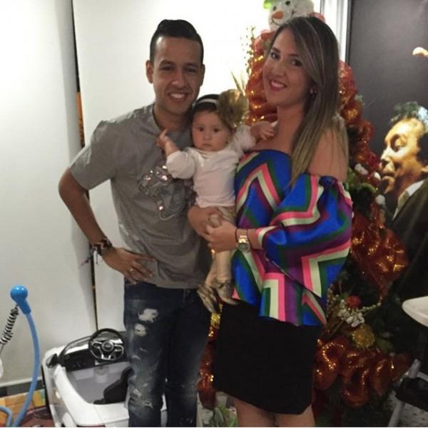 artistas vallenatos; Martin elias y su familia