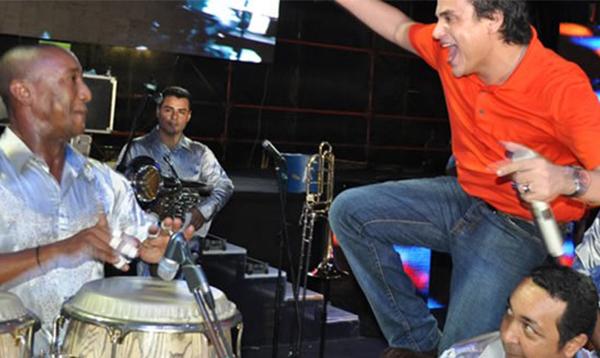 """Silvestre me perdonó por decir esas cosas"": Músico de Silvestre"