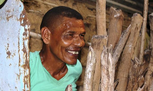 Simón 'El Templa', Zuletista de parla completa