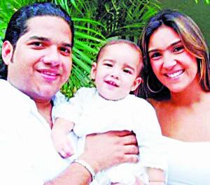 Leo Gómez Jr y su familia