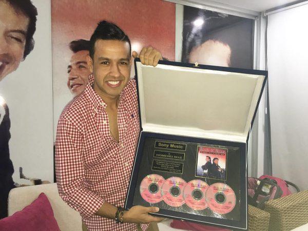 La millonada que pagó Martin Elías para 'Rescatar' el disco de platino de 'Titulo de amor'