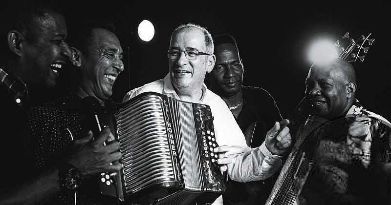 Las tres personas más saludadas en canciones de vallenato