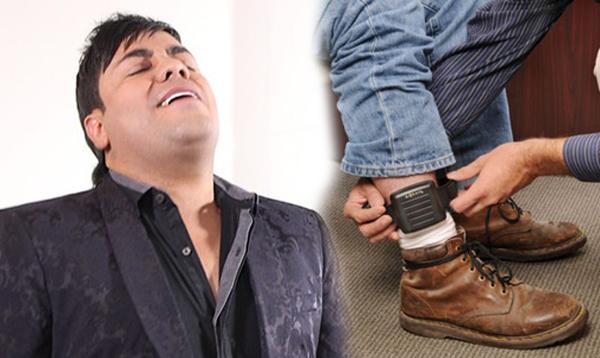 Churo Díaz, el ídolo Vallenato con brazalete electrónico