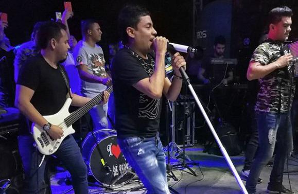 Yo No Soy Un Delincuente Mi Negocio Es Cantar: Churo Díaz