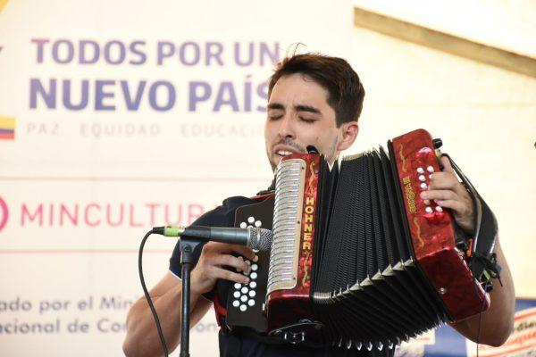 Los 5 acordeoneros profesionales que pasan a la final del Festival Vallenato 2018
