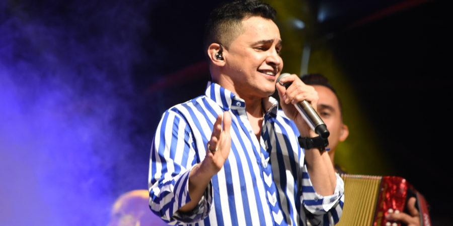 Jorge Celedón, aclamado en el festival Cuna de Acordeones de Villanueva – Guajira