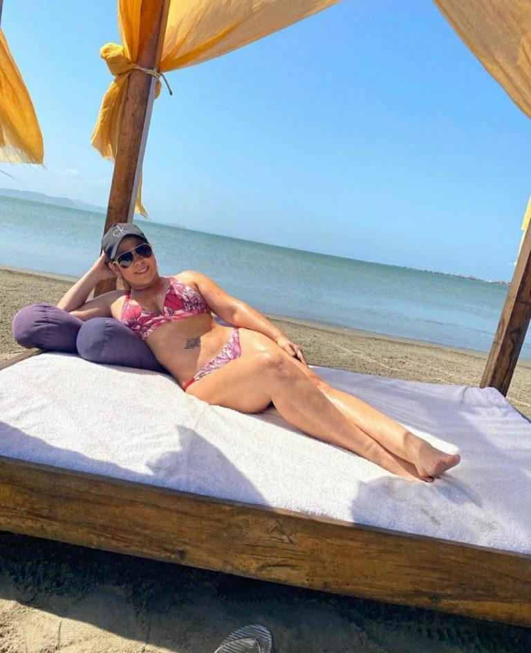 Betsy liliana Gonzalez, ex-esposa del Cacique Diomedes Díaz en vestido de baño.