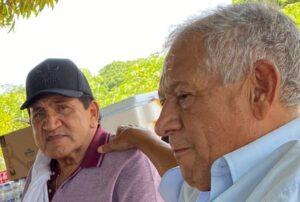 Poncho y Emilianito
